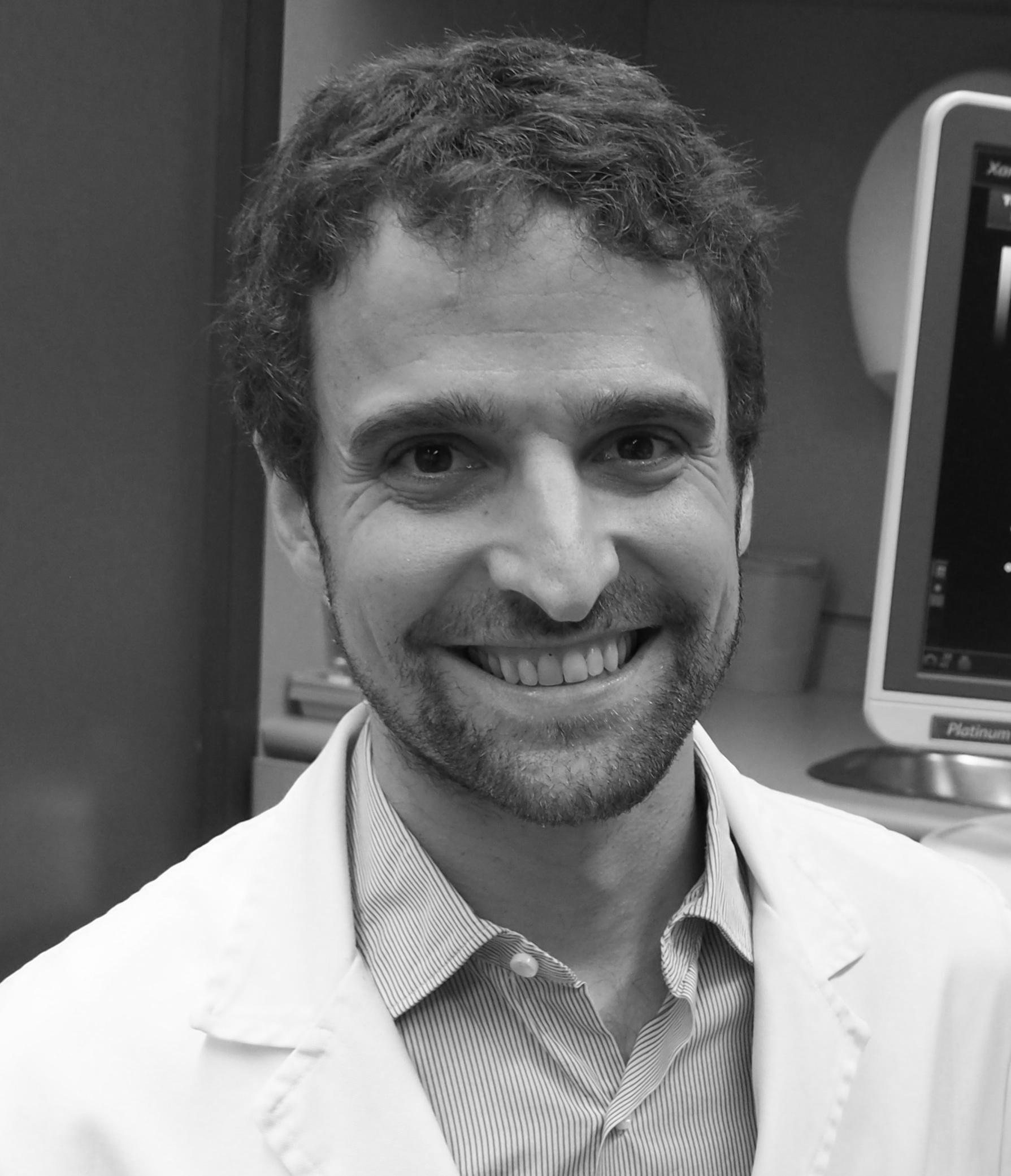 Dr. Efrem Gomez Jabalera